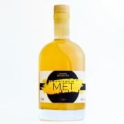 0,5l Flasche goldgelber Honigwein / Met der Imkerei Bienesto