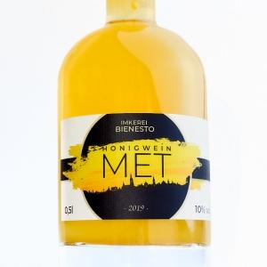 Herrlich fruchtig-aromatischer Honigwein / Met aus Ulm - Honigwein direkt vom Imker