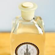 Exklusiver Honiggin von Chateau Steinle mit Naturkorken und Bienenwachs versiegelt